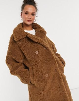Monki Teddy borg coat in brown