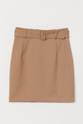 H&M Skirt with a belt