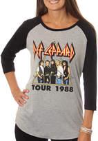 Asstd National Brand Def Leppard Juniors' Hysteria Tour 1988 Drapey 3/4 Sleeve Graphic Baseball T-Shirt