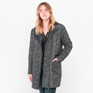 Le Temps Des Cerises Boucle Coat with Faux Leather Collar and Pockets