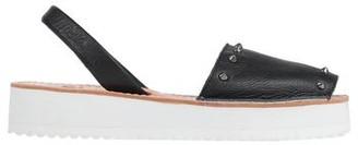 riA Sandals