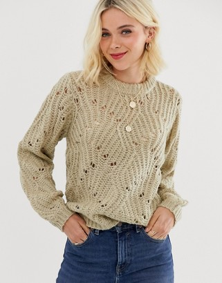 Pieces Bea long sleeve knit jumper-White