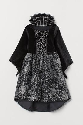 H&M Vampire fancy dress costume