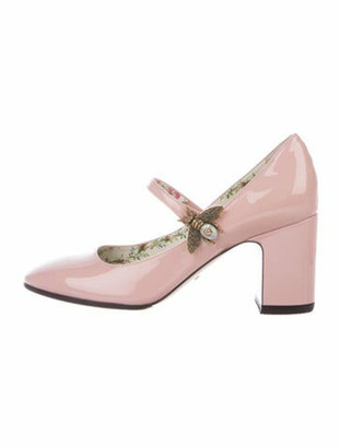 Gucci Lois Faux Pearl Accents Pumps Pink
