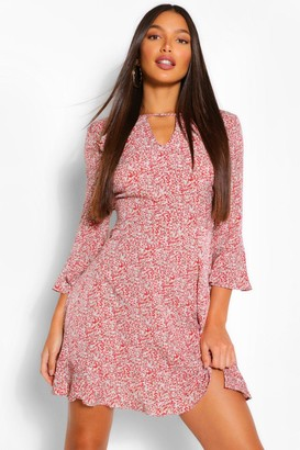 boohoo Tall Woven Ditsy Floral Print Skater Dress