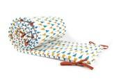 Nobodinoz Triangles bed bumper - yellow\/blue