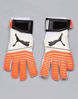 Puma One 17.2 Rc Goal Keeping Football Gloves In White 04132501