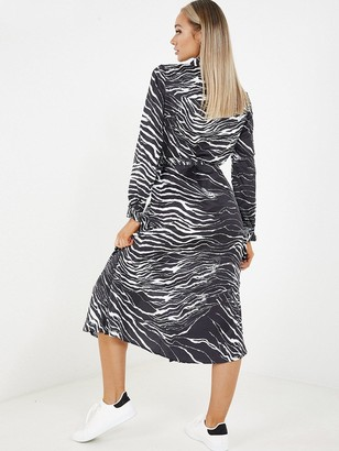 Quiz Black & White Zebra Satin Long Sleeve Shirt Dress