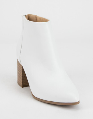 DELICIOUS Clean Stacked Womens White Booties