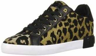 GUESS Women's PATHIN Sneaker
