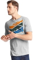 Gap Abstract mountain graphic tee