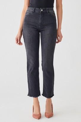 DL1961 Mara Straight Leg Frayed Hem Jeans