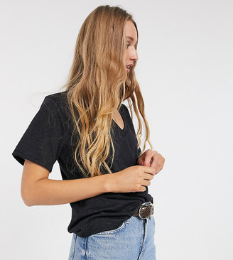 Asos DESIGN Tall boxy t-shirt with v neck in linen mix in black