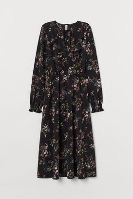 H&M Dress with Flounces - Black