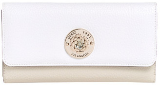 GUESS VG774466SML Belle Isle Zip Around Wallet