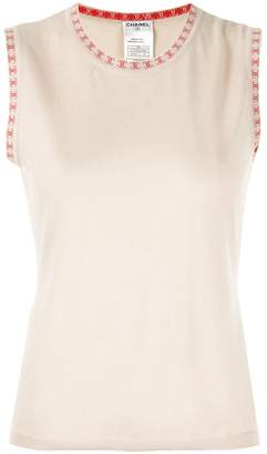Chanel Pre-Owned cashmere logos sleeveless knit top