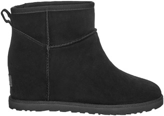 UGG Classic Femme Mini Leather Boot