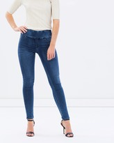 DECJUBA Riley Skinny Jeans
