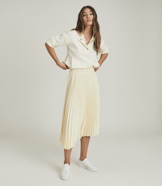 Reiss Molly - Pleated Midi Skirt in Yellow