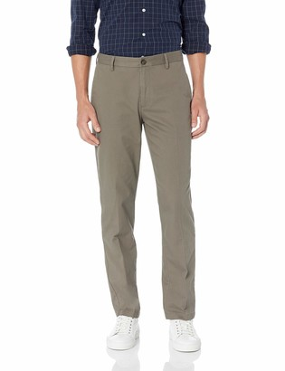 Amazon Essentials Men's Standard Straight-Fit Wrinkle-Resistant Flat-Front Chino Pant
