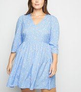 New Look Wednesday's Girl Curves Daisy Smock Dress