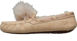 UGG Womens Dakota Pom Pom Slippers Cream