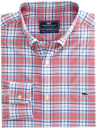 Vineyard Vines Classic Fit Bluehead On-The-Go Performance Tucker