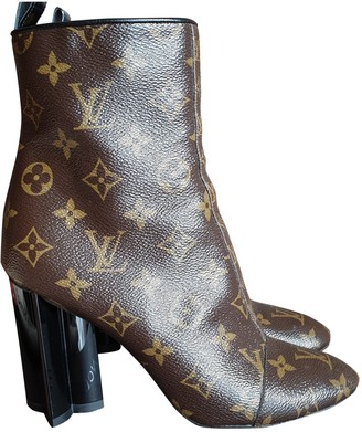 Louis Vuitton Silhouette Brown Leather Ankle boots