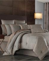J Queen New York Aston Queen Comforter Set