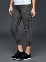 Gap Maternity GapFit Breathe gFast full panel capris