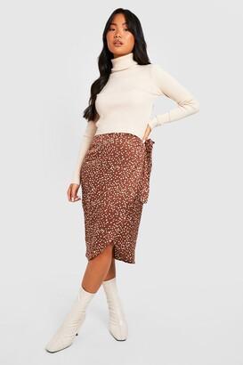 boohoo Petite Printed Satin Wrap Skirt