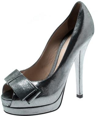 Fendi Grey Shimmering Suede Deco Bow Peep Toe Platform Pumps Size 36