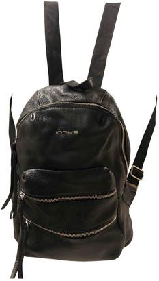 Innue' Innue Black Leather Backpacks