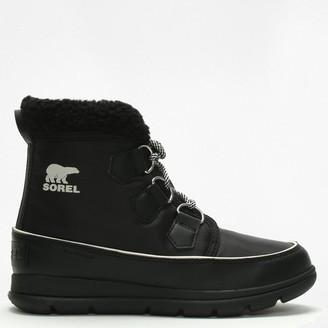 Sorel Cozy Carnival Black Lace Up Sporty Fleece Lined Boot