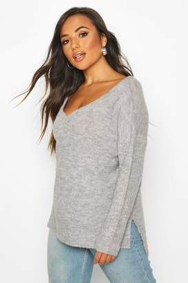 boohoo Petite Jumper With V Neck Detail Front And Back