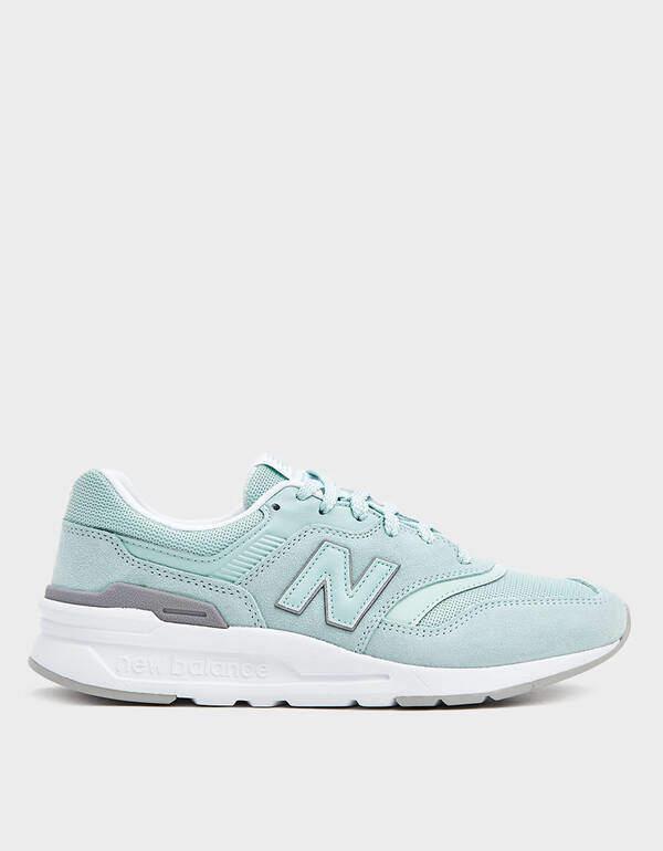 New Balance 997 Sneaker in Mint/White