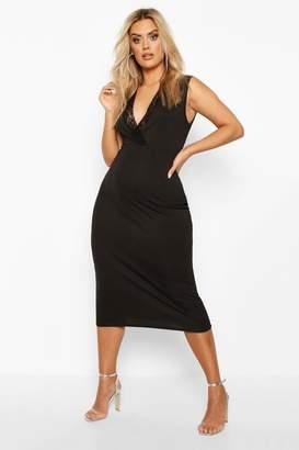 boohoo Plus Lace Detail Plunge Midi Dress