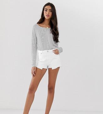 Asos Tall DESIGN Tall recycled denim alvey midrise shorts-White