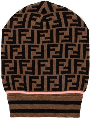 Fendi logo knitted hat