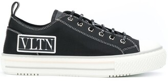 Valentino Logo Patch Low-Top Sneakers