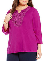 Allison Daley Plus Notch V-Neck Solid Knit Lace Panel Top