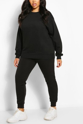 boohoo Plus Oversized Basic Sweat