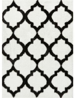 Charlton Home Aranson Humble Moroccan Lattice Shag White Area Rug Rug Size: Rectangle 3'3'' x 5'