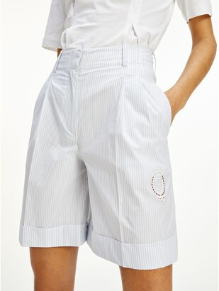 Icon Tapered Stripe Short