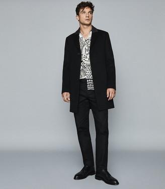 Reiss Hackney - Printed Cuban Collar Shirt in White/Black