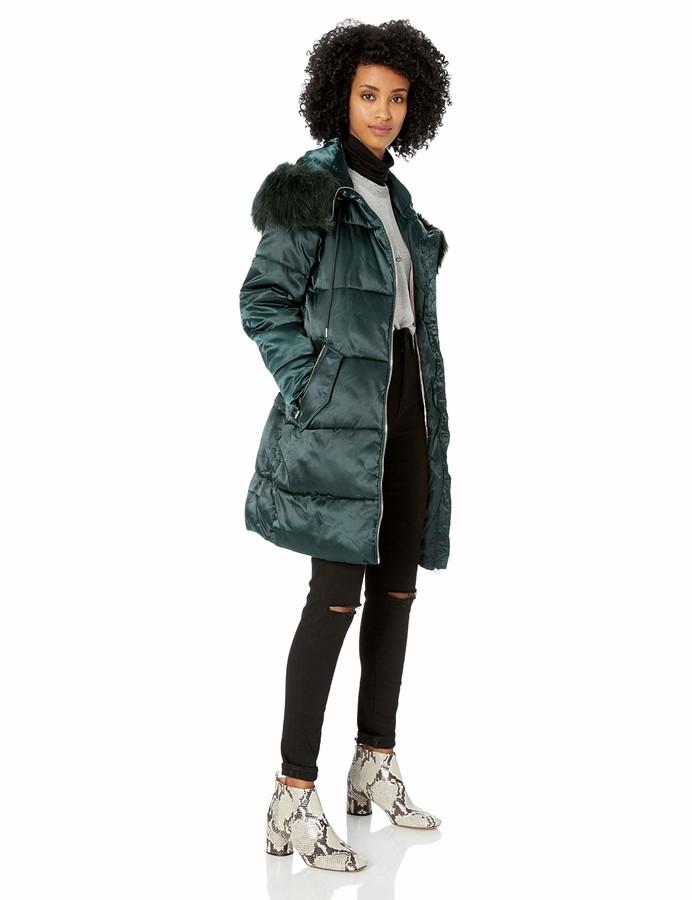 Jessica Simpson Womens Nylon Fashion Puffer Jacket
