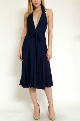 Essue Back Open Dress