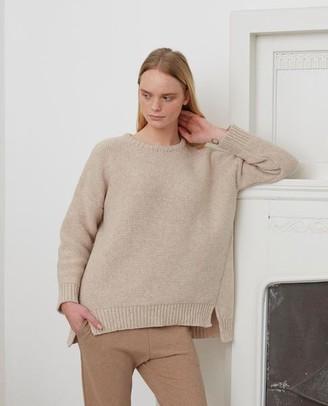 Beaumont Organic Faye Marie Wool Jumper In Oat - Oat / Extra Small