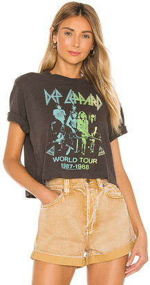 Junk Food Clothing Def Leppard World Tour Tee