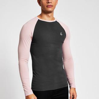 River Island R96 grey raglan muscle fit T-shirt